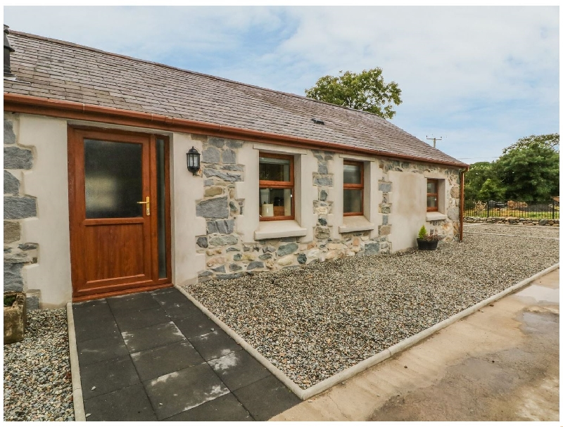 Click here for more about Y Deri Cottage