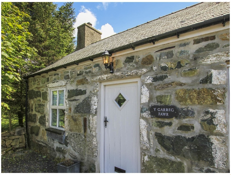 Click here for more about Y Garreg Fawr